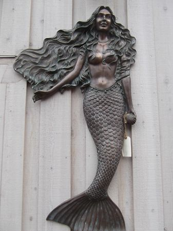MERMAID WALL MOUNT BRONZE VERDI GRIS FINISH